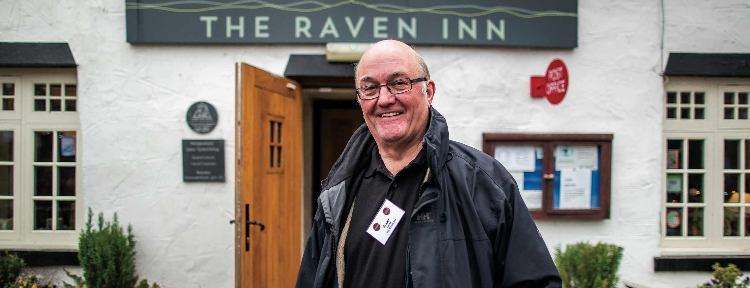 Nice man in front of Raven Inn (Plunkett image)